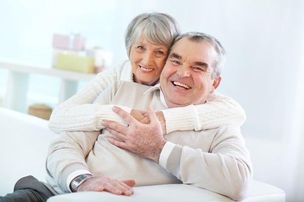 pareja de ancianos en españa